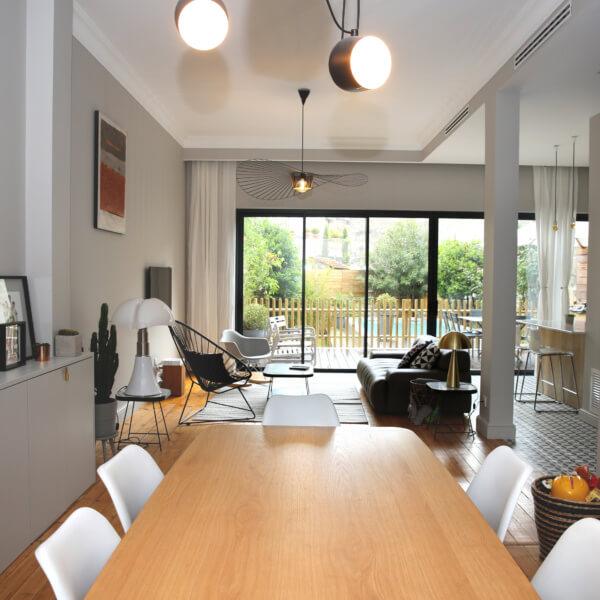 agence monsieur madame architecte architecte d. Black Bedroom Furniture Sets. Home Design Ideas